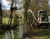 Les travaux d'entretien ont débuté sur la rivière du Vers