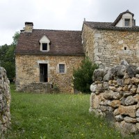 Réfection des murs, de la charpente et du toit