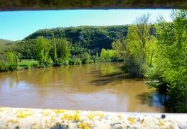 Cénevières - Le Lot vue du pont de Cénevières © Lot Tourisme - C. Sanchez