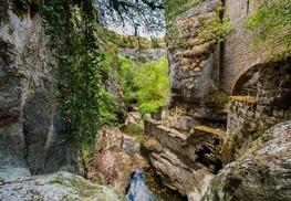 Gramat - Ruines du Moulin du Saut situé sur l'Alzou© Lot Tourisme - C. ORY