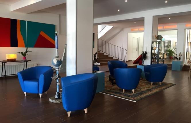 Restaurant Cajarc Blue Hôtel 9 - Cajarc