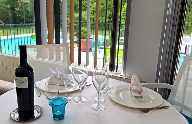 Restaurant Cajarc Blue Hôtel 2 - Cajarc