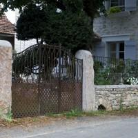 Murs extérieurs et pilliers monolithes