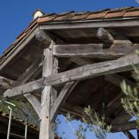 Création d'une charpente en bois de récupération