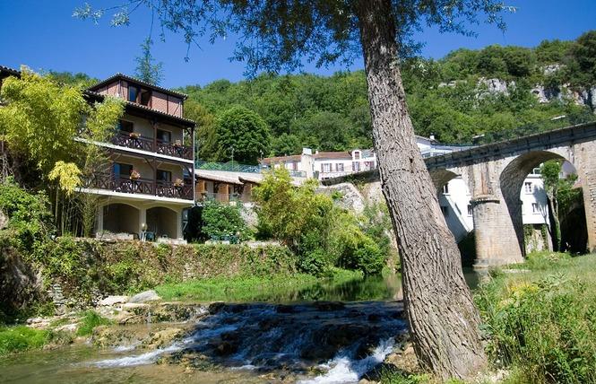 Hôtel Restaurant Spa La Truite Dorée 11 - Saint Géry-Vers